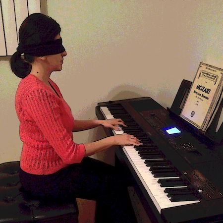 Hranush plays Mozart blindfolded